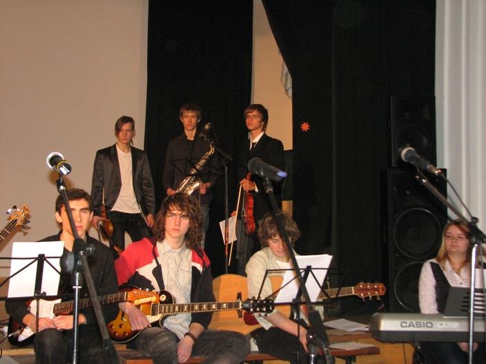 gimnazija-kaledos-2011-12-23-060